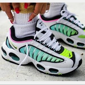 Nike air max tailwind sneakers